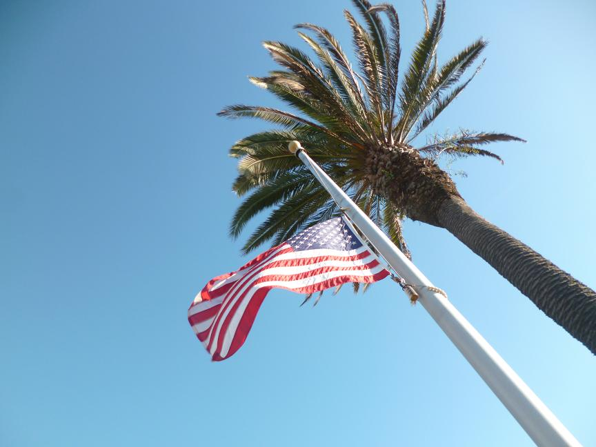 usa flag californie