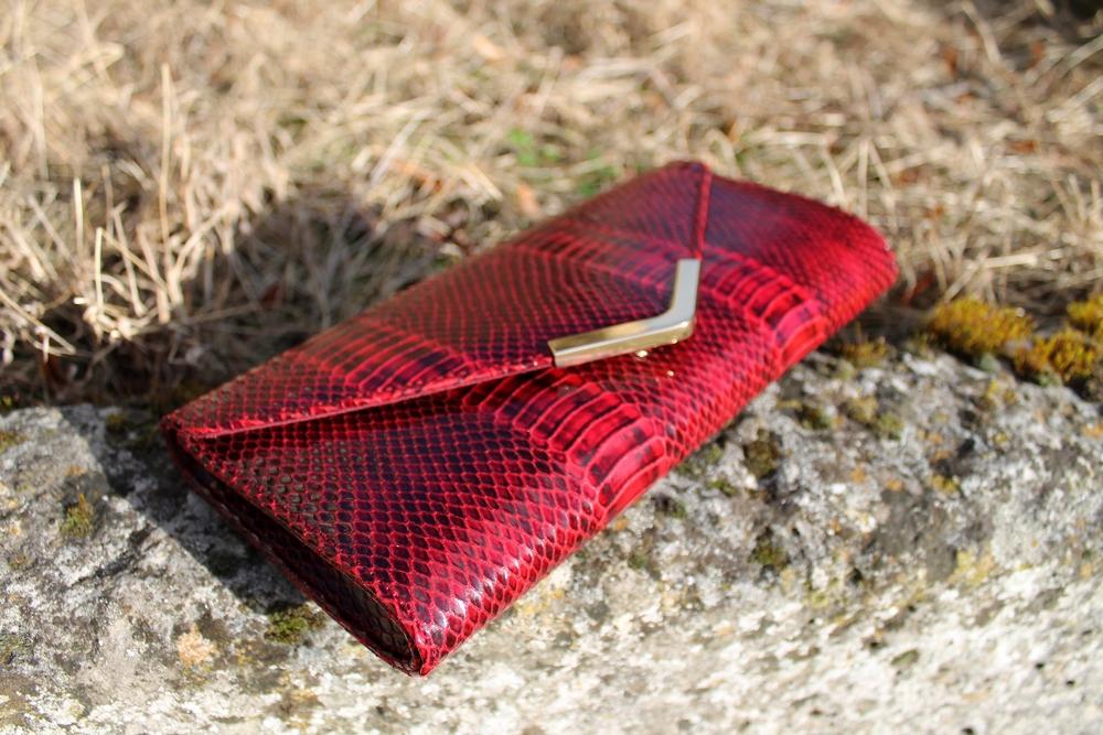red python clutch aldo