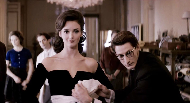 Trouver le film. Yves-saint-laurent-film