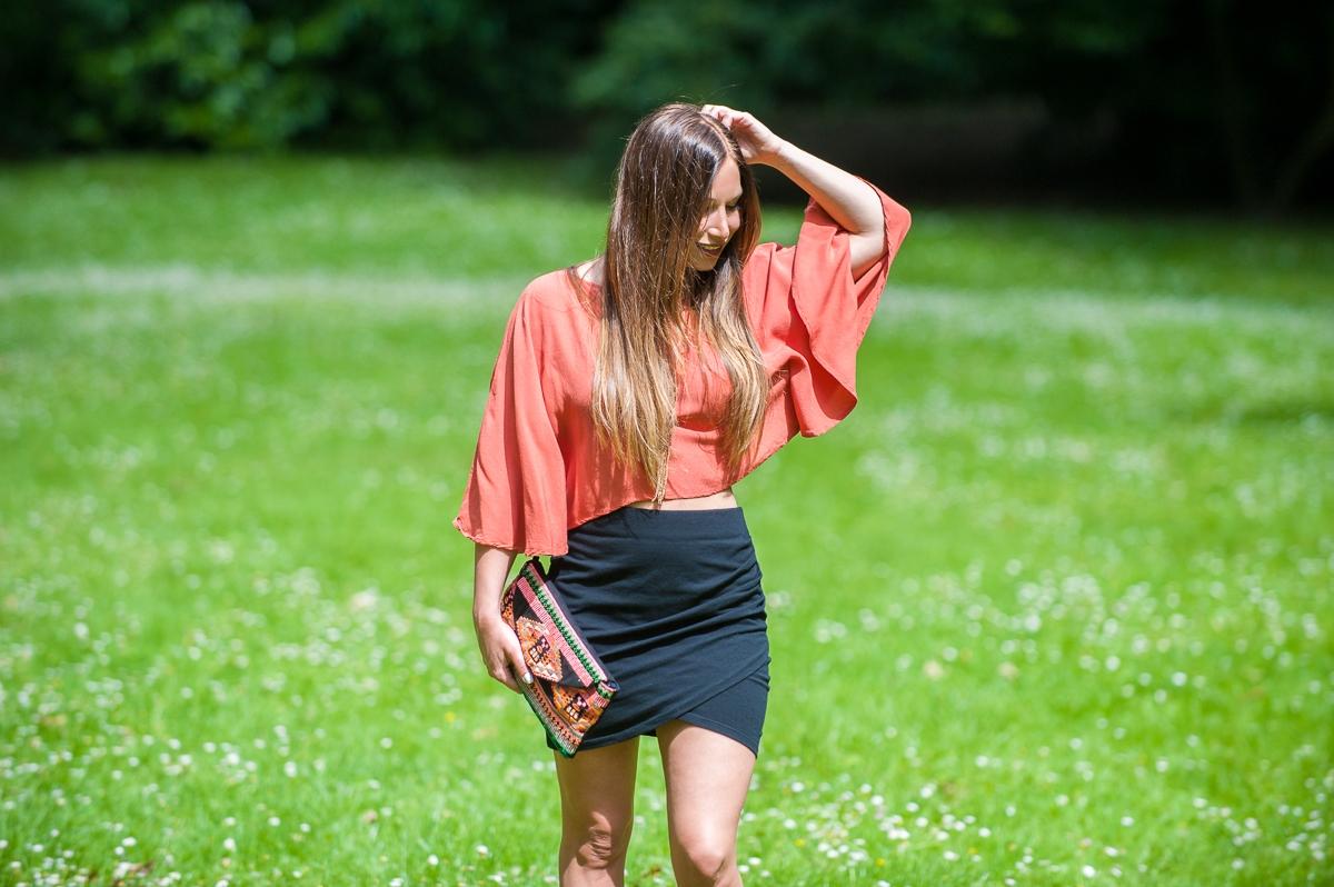 top tangerine forever21 mini black skirt pull and bear