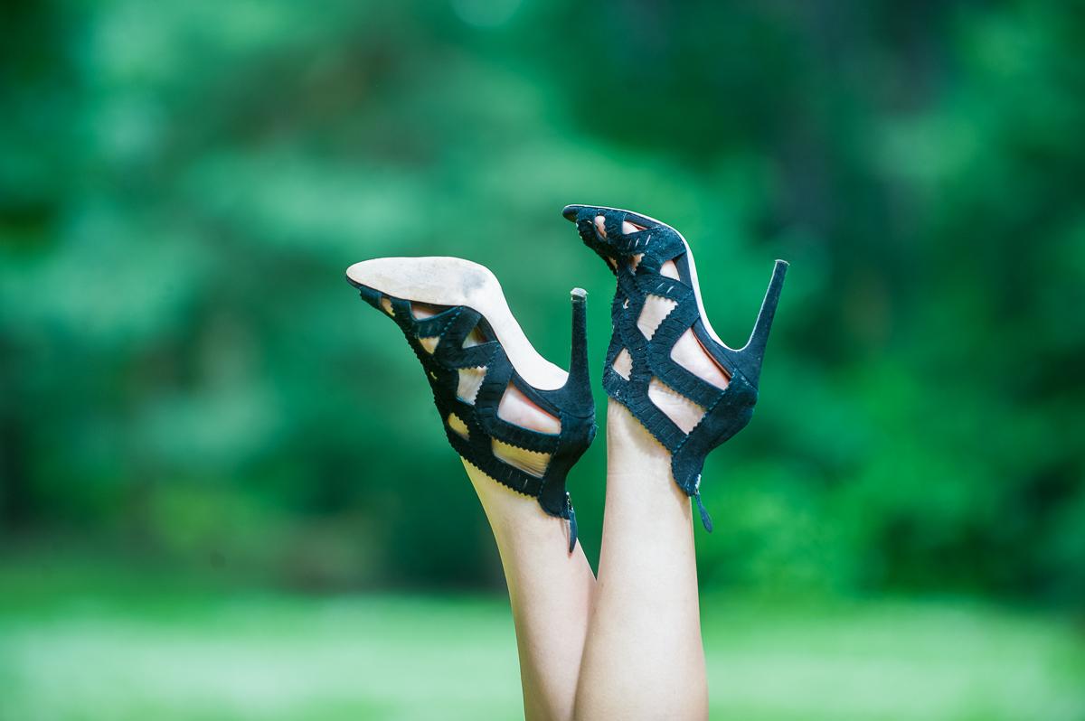 sandales en daim ajourée zara style georges rech talon aiguille