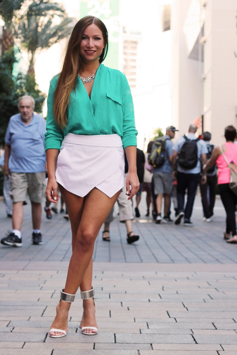 white skort sheinside white high heels zara green blouse