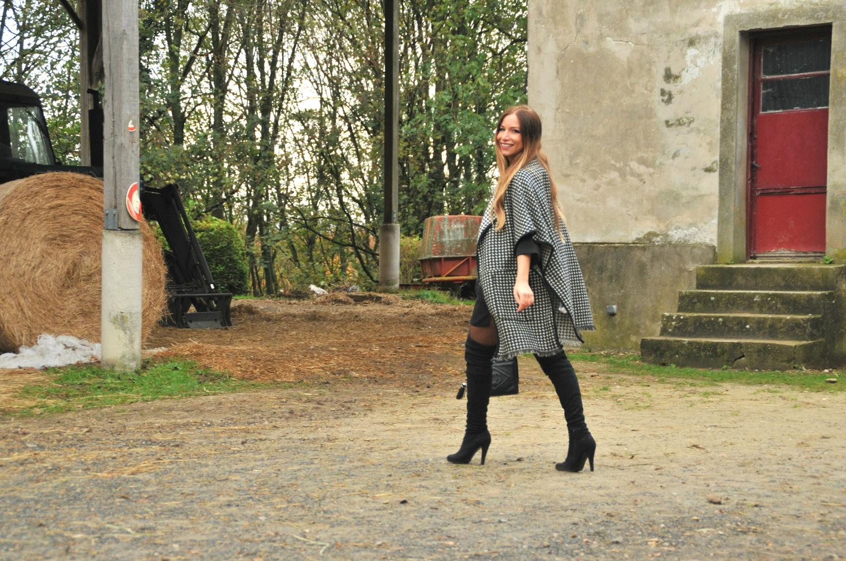 cuissarde à talons haut en daim noir cape en laine monochrome zara automne