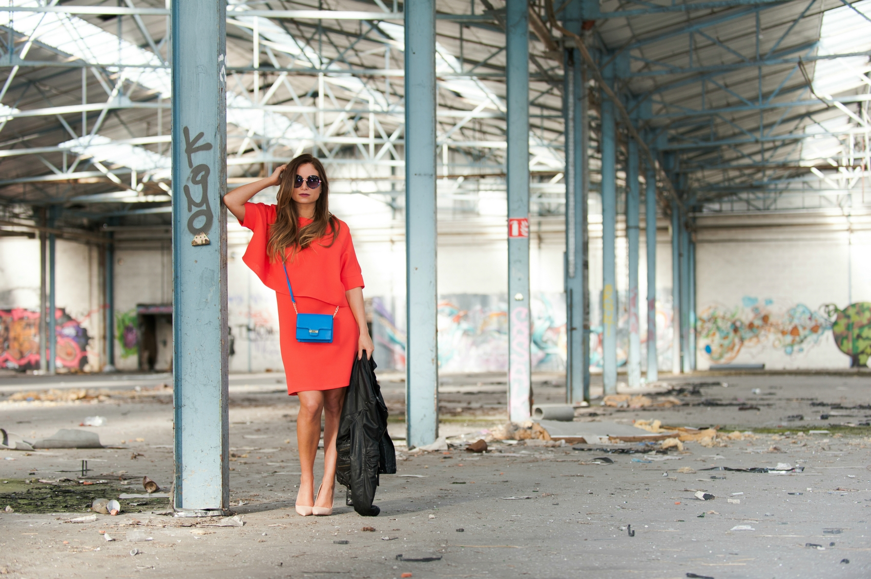 robe droite fluide corail orange look chic casual working girl blog mode