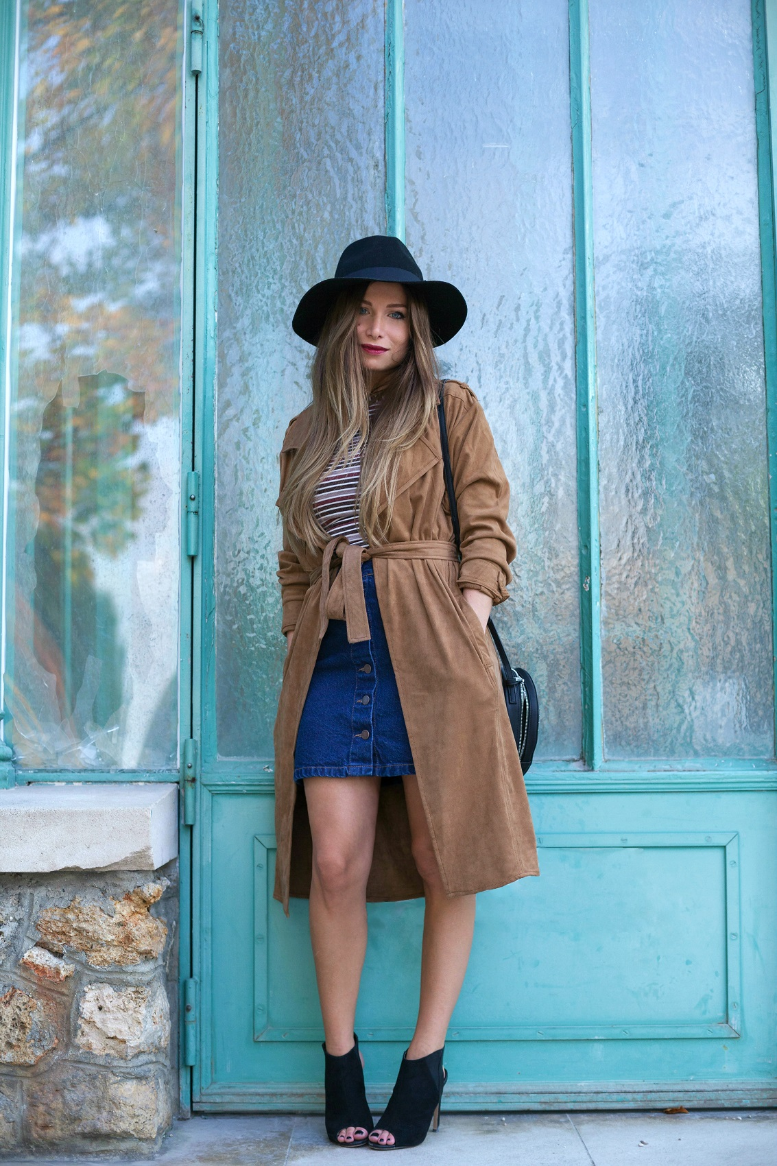 suede trench coat denim skirt la minute fashion by melody. Black Bedroom Furniture Sets. Home Design Ideas