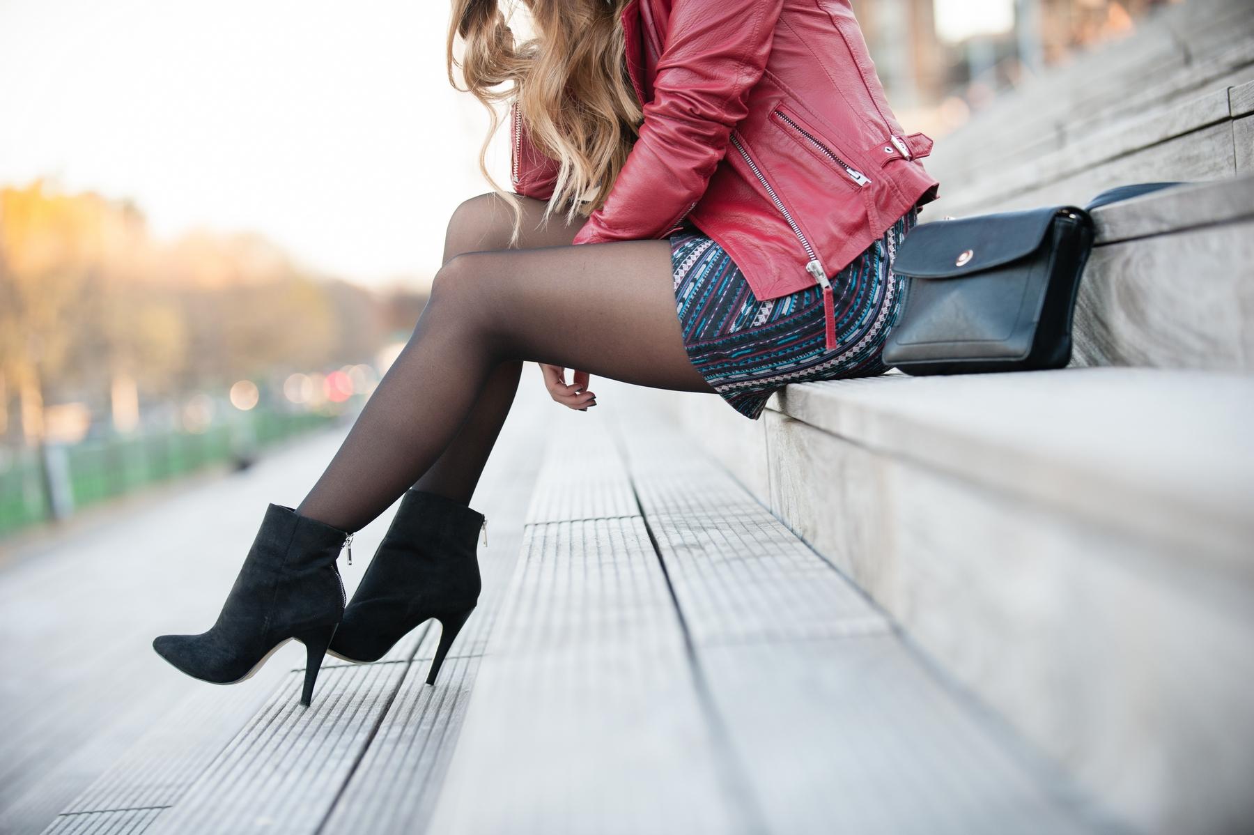 stiletto high heel black low boots pimkie