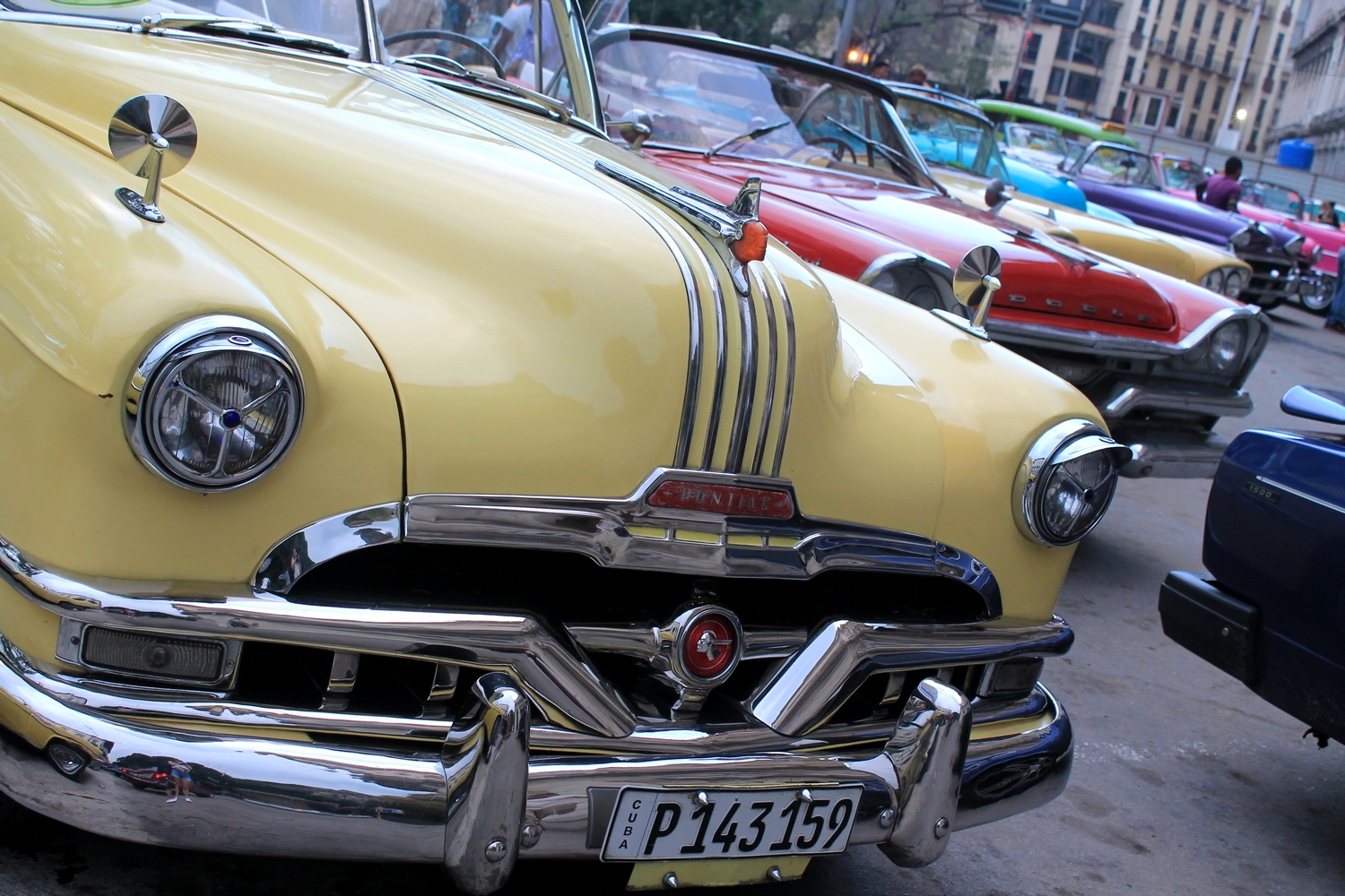 beautiful cars la habana cuba parque central