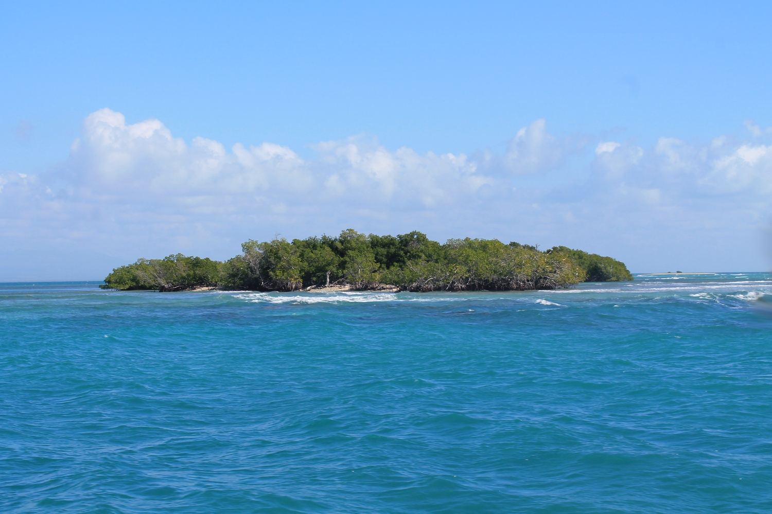 island view from the boat