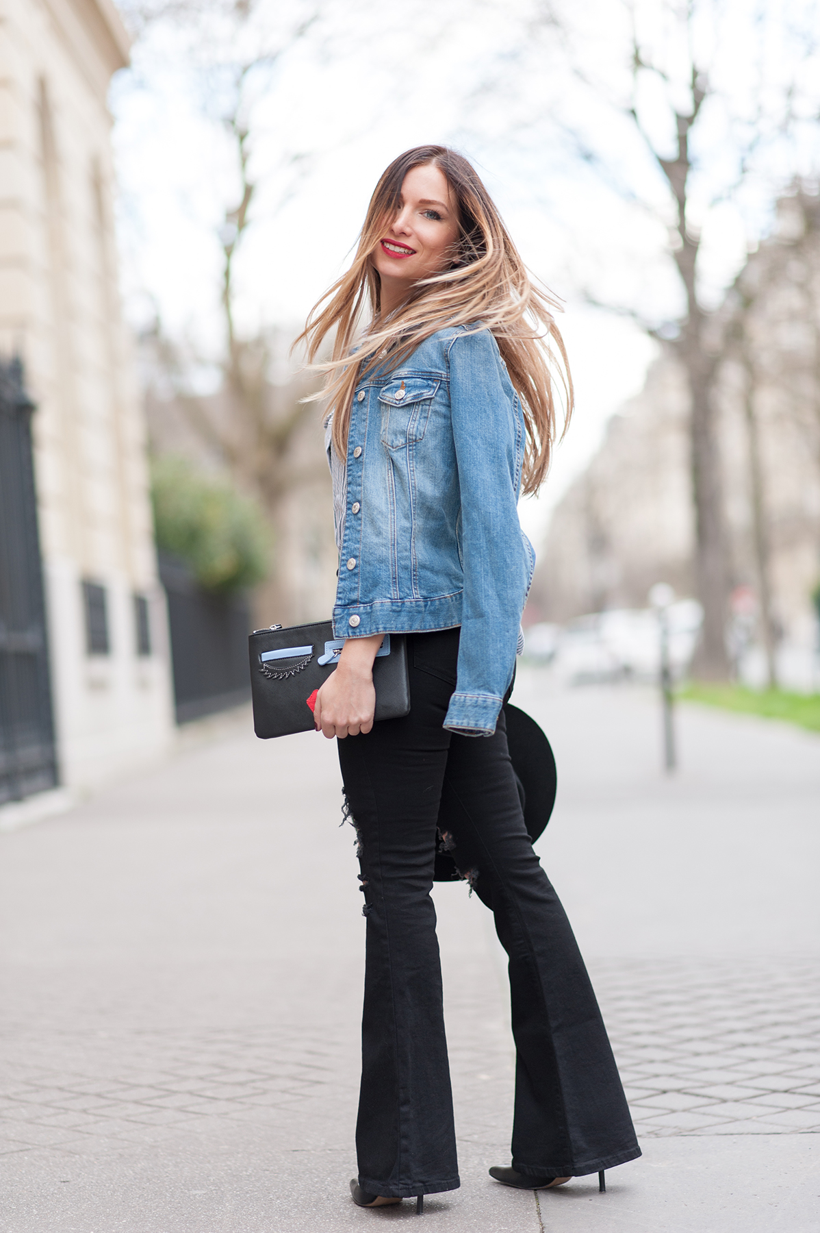 how to wear the flare jean