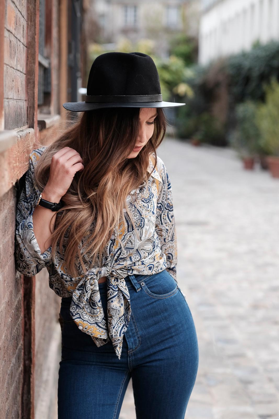 ootd high waist jean and vintage print shirt