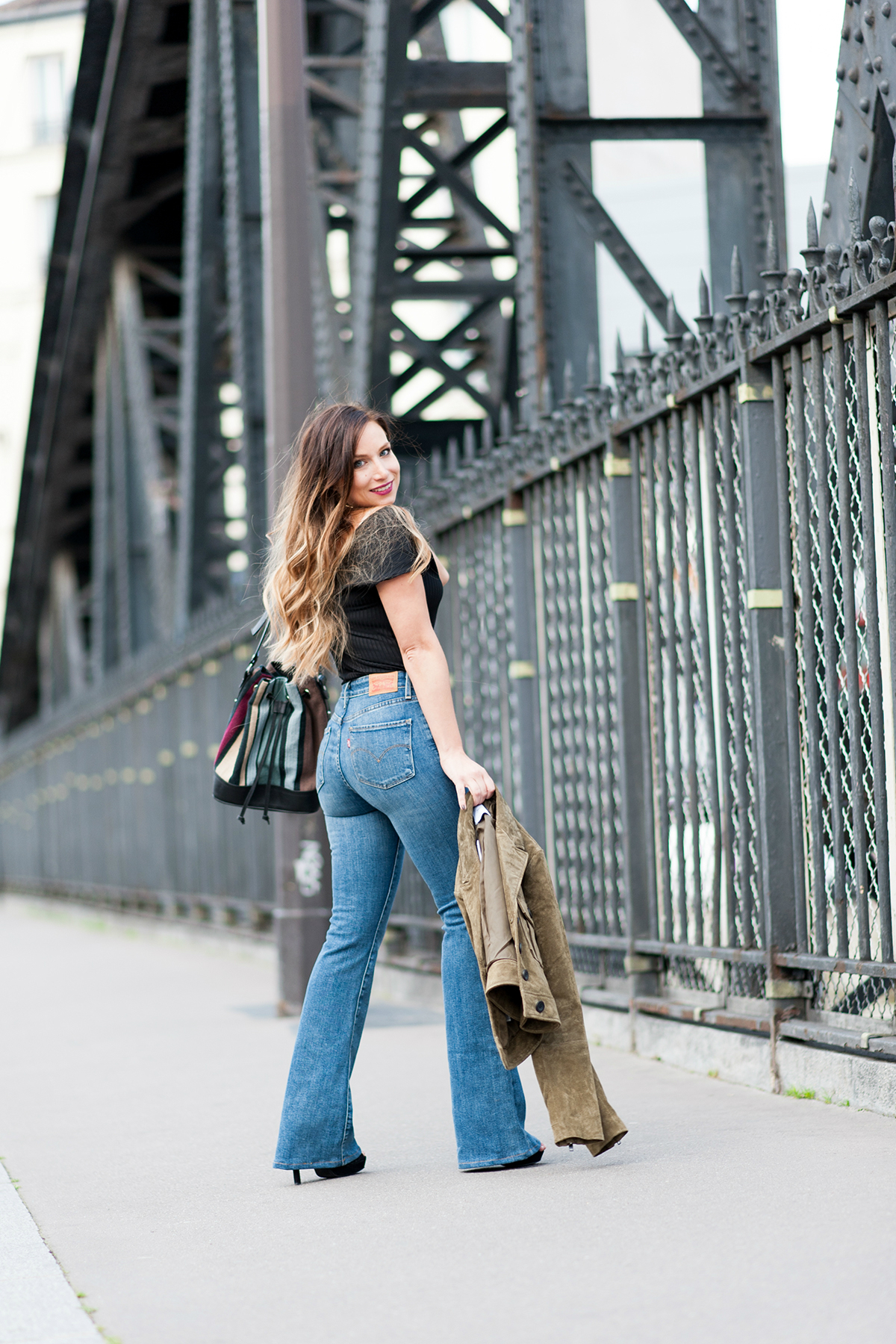 how to wear the flare jean fashion blog