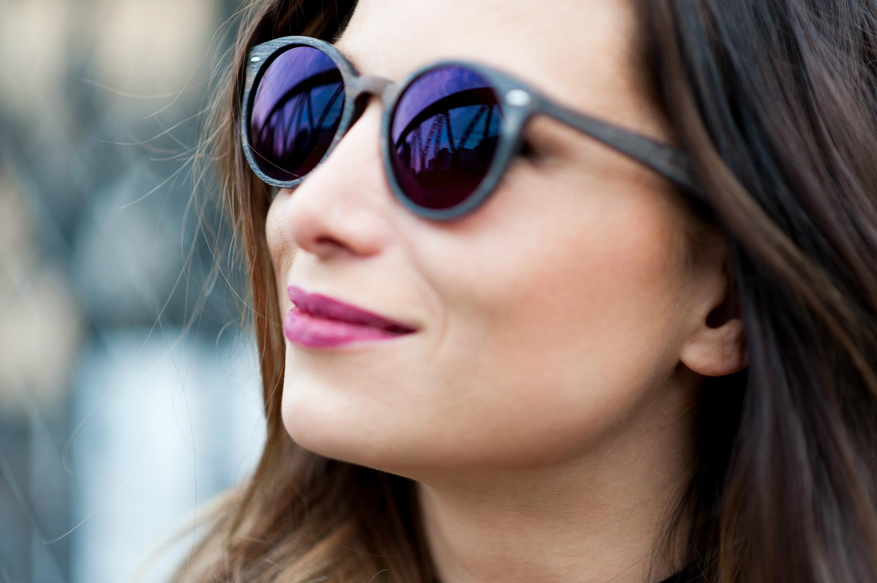 lunette de soleil tendance polette l'usine a lunettes en acetate monture bois