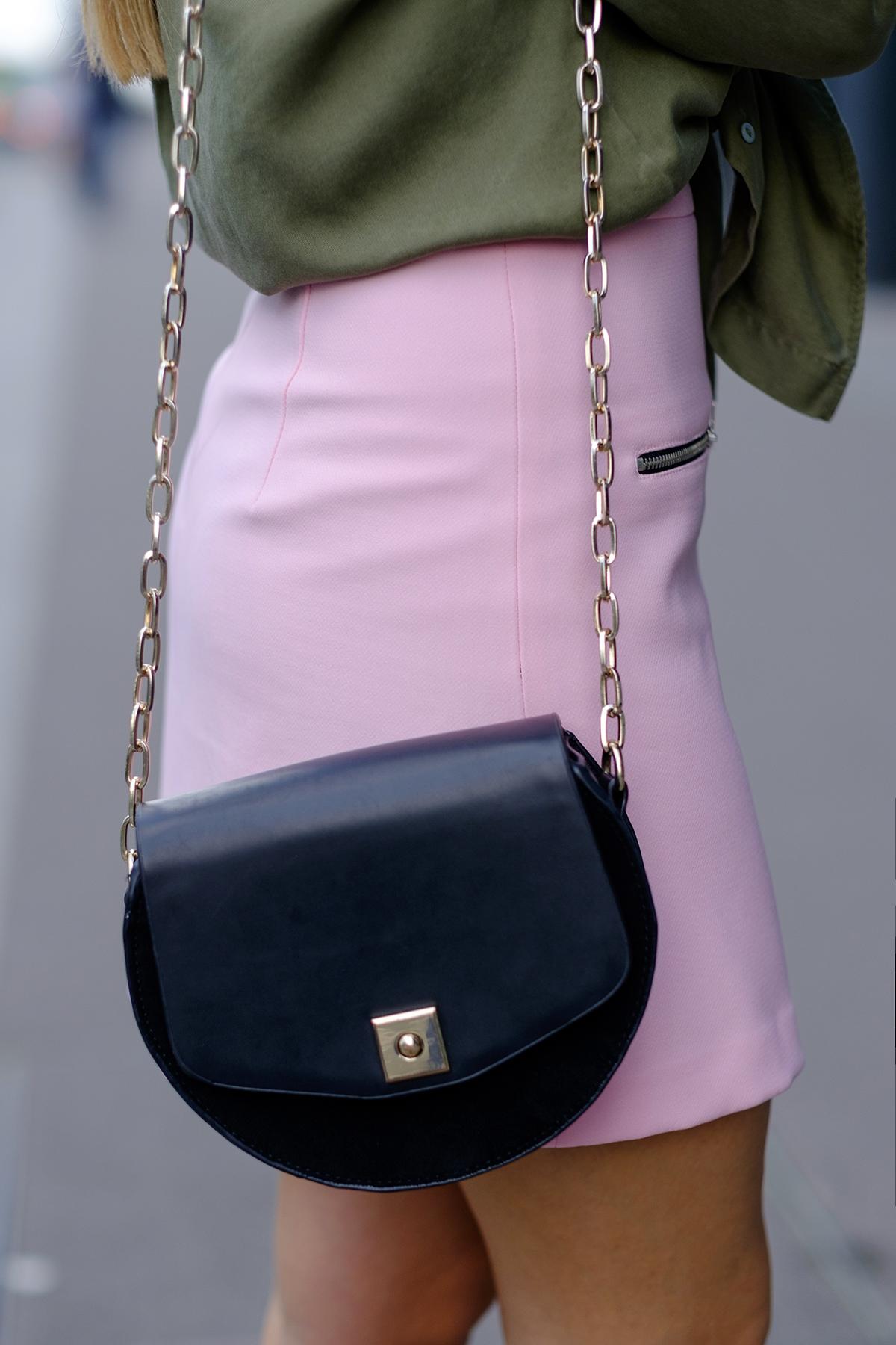 detail sac demi cerle zara noir cuir