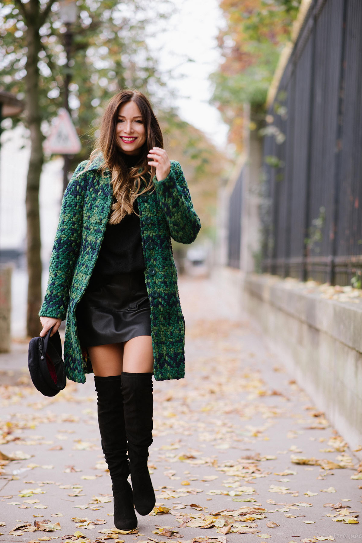 comment-porter-le-manteau-vert-look-blog-mode