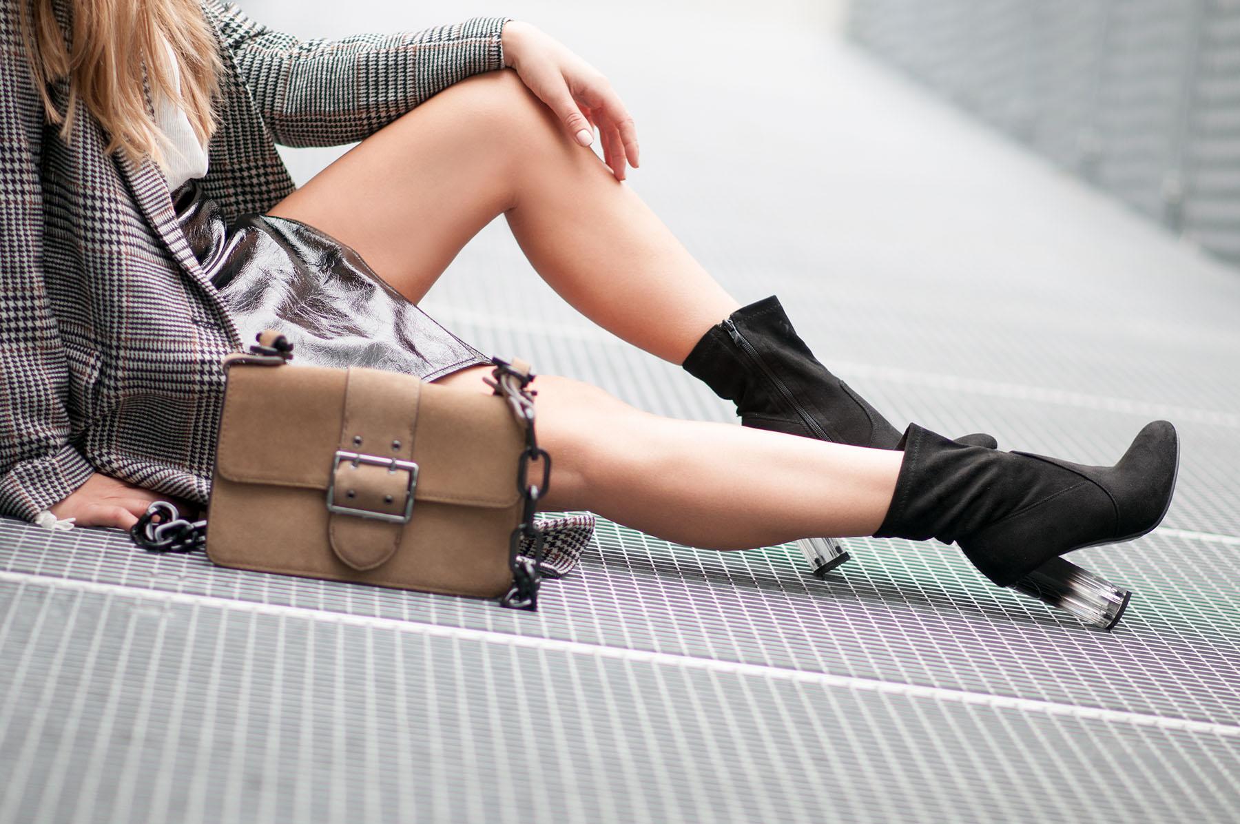 jupe vinyle vinyl skirt la minute fashion. Black Bedroom Furniture Sets. Home Design Ideas