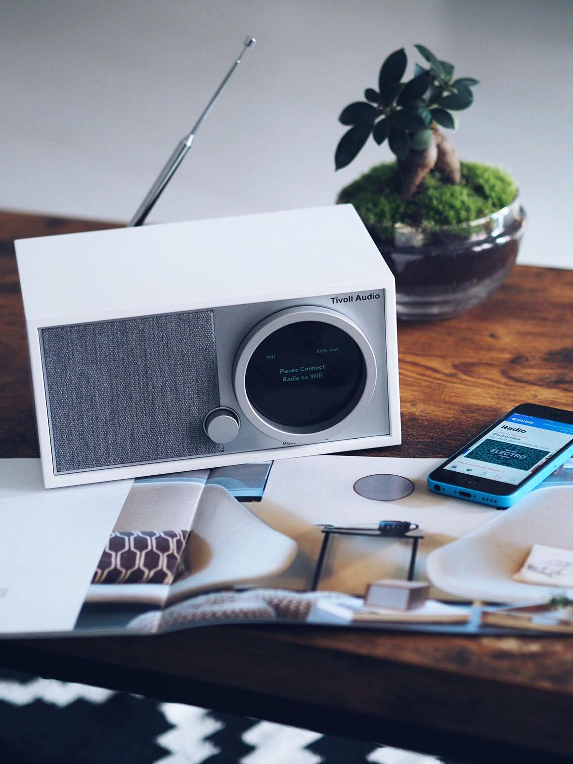 radio tivoli audio la minute fashion by melody. Black Bedroom Furniture Sets. Home Design Ideas