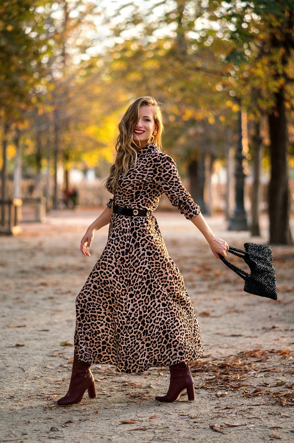 Autumn vibes : robe léopard et bottes bordeaux vintage   My Blog