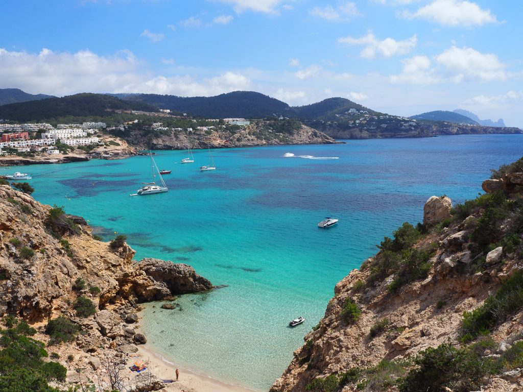 Chill out in </br>Ibiza